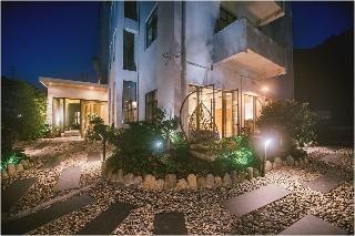 Ru Village Hotel