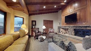 Plaza Lodge By Destination