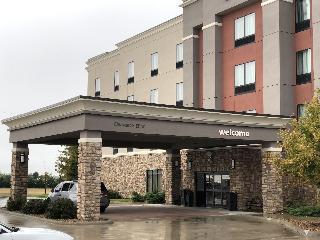 Pratt Inn Suites