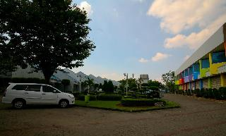 Hotel Bandara Purigarden Semarang