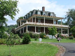 The Reynolds Mansion