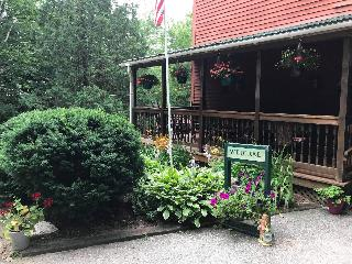 Evergreen Valley Inn