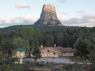 Devils Tower Lodge