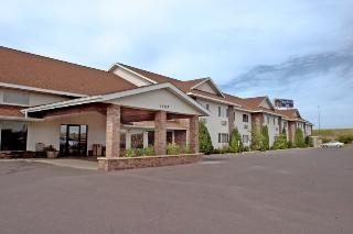 Boarders Inn & Suites by Cobblestone Hotels - Supe