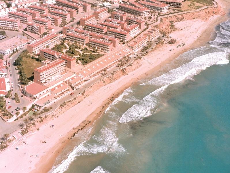 Riviera Beach - Pilar De La Horadada