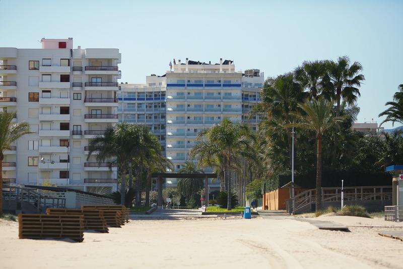 Tres Anclas - Playa De Gandia