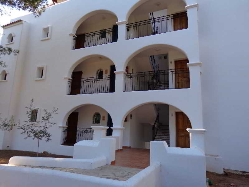 Benet Los Pinares Apartments - Santa Eulalia