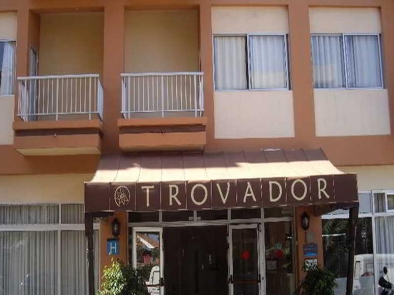 Trovador - Puerto De La Cruz