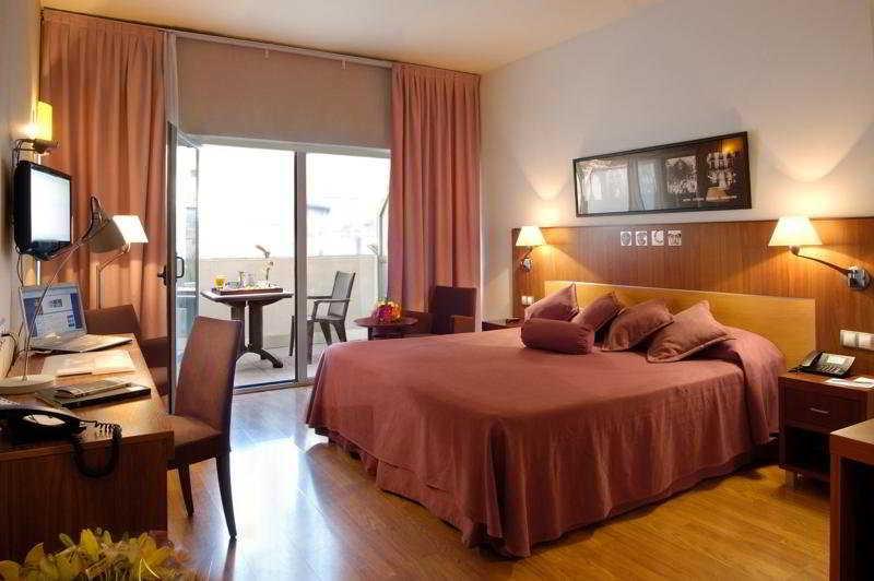 Evenia Rosselló Hotel