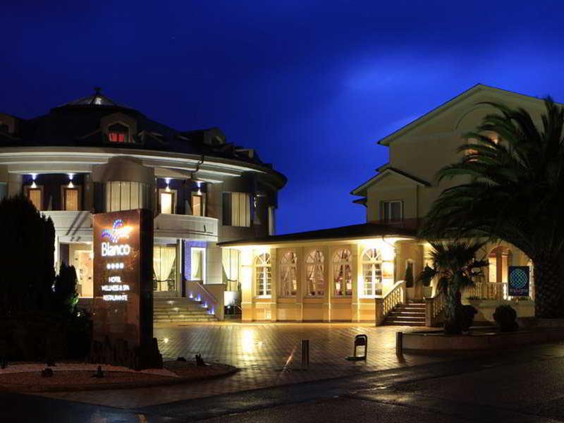 Blanco Hotel & SPA - Navia