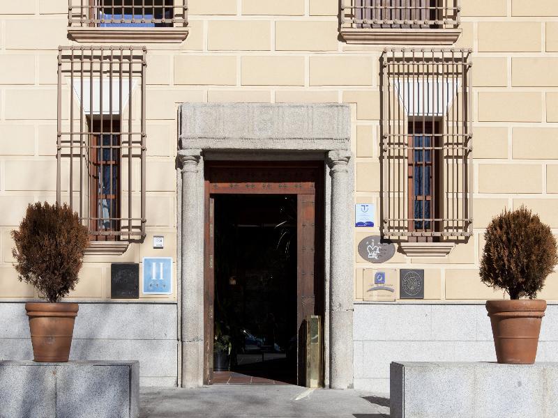 Casona De La Reyna - Toledo