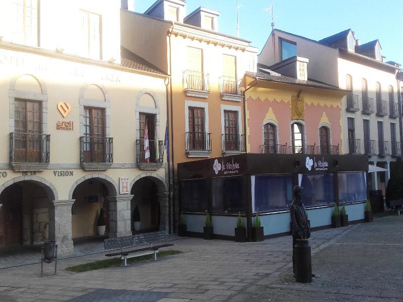 Aroi Bierzo Plaza - Ponferrada