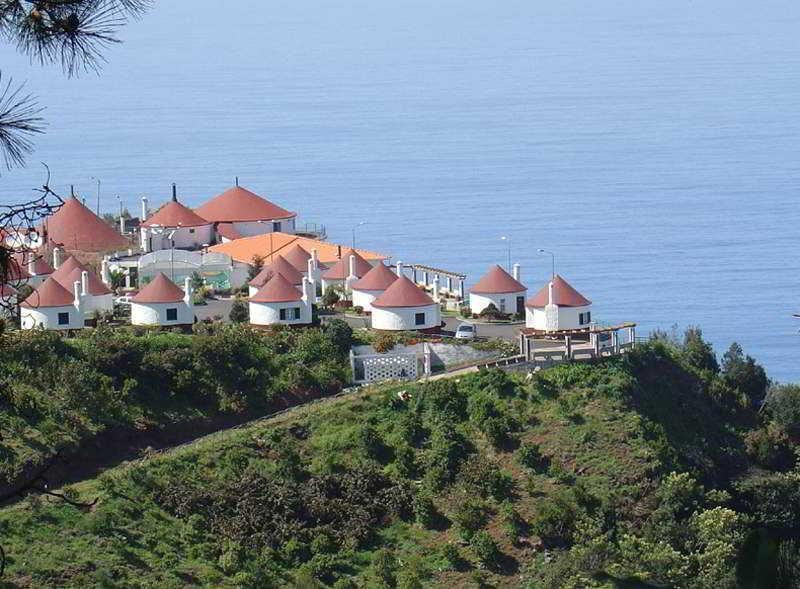 Cabanas De São Jorge Village - Santana
