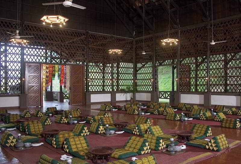 Foto del Hotel Imperial Golden Triangle Resort, Chiang Rai del viaje tailandia mujeres jirafa