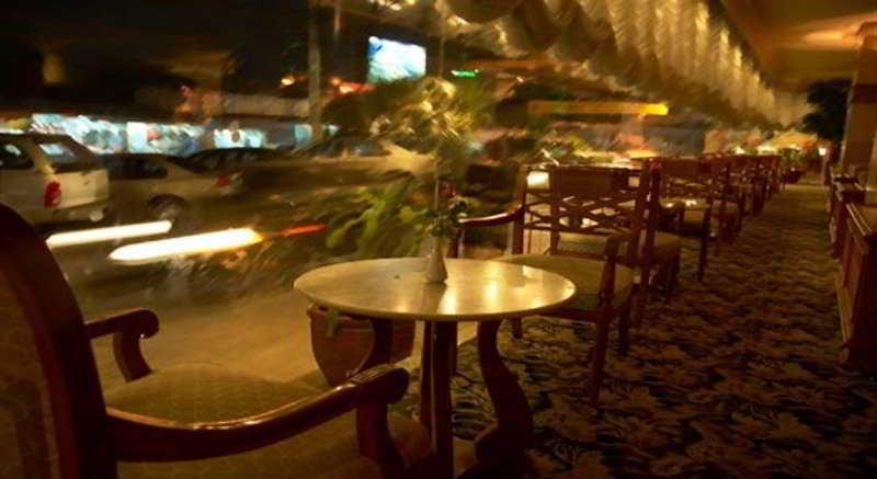 Foto del Hotel Topland Hotel Phitsanulok del viaje tailandia mujeres jirafa