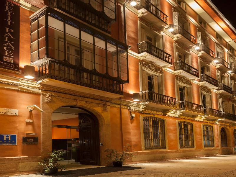 Petit Palace Plaza Málaga - Malaga