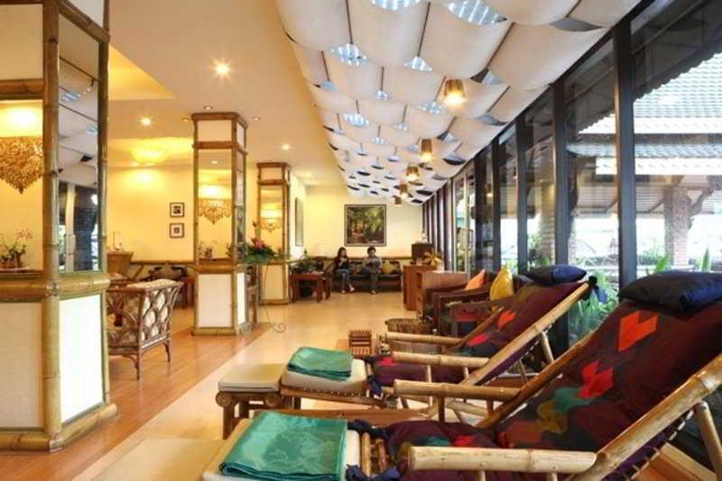 Foto del Hotel River Kwai Hotel del viaje tailandia mujeres jirafa