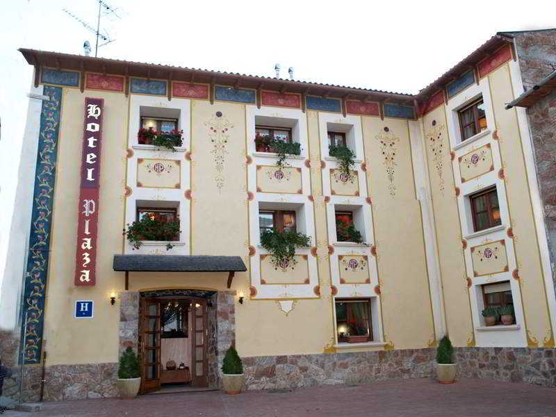 Plaza - Castejon De Sos