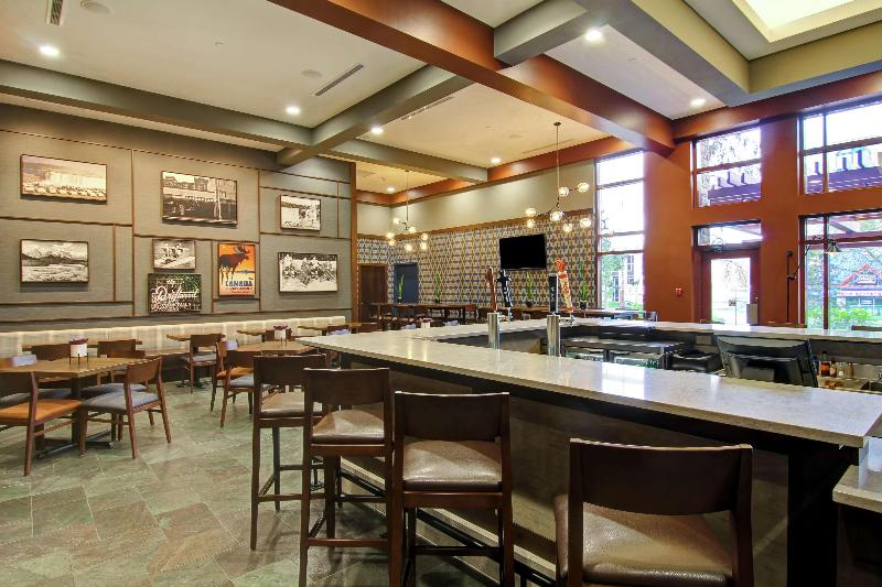Foto del Hotel DoubleTree Fallsview Resort & Spa by Hilton del viaje aventura canadiense