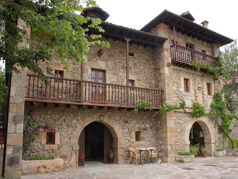 Posada La Torre De La Quintana - Liendo