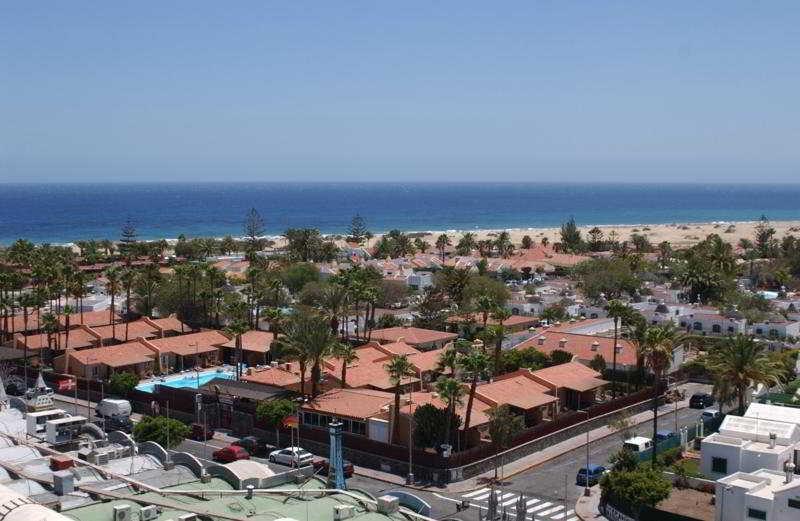 Los Almendros Gay, Lesbian & Friends - Playa Del Ingles