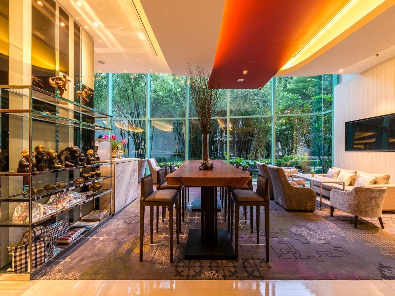 Foto del Hotel Chatrium Hotel Riverside Bangkok del viaje tailandia mujeres jirafa