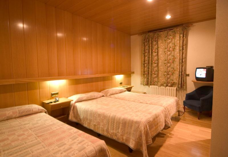 Precios y Ofertas de Hotel Sant Antoni en RIBES DE FRESER ...