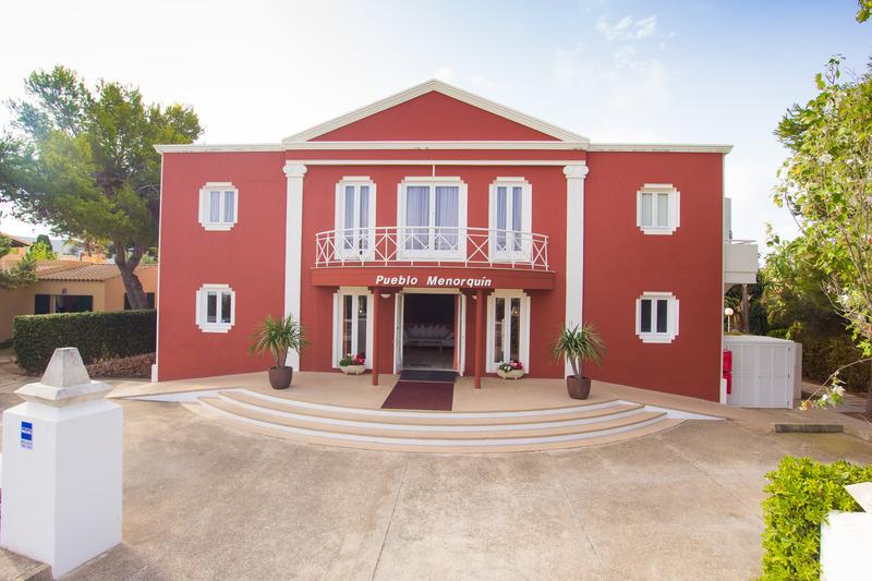 Pueblo Menorquin - Calan Bosch