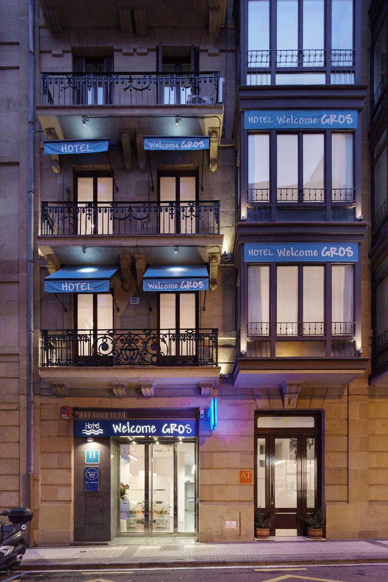 Welcome Gros Hotel Y Apartamentos - San Sebastian