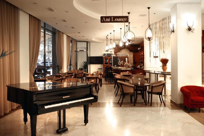 Foto del Hotel Ani Plaza Hotel del viaje georgia armenia desconocidas