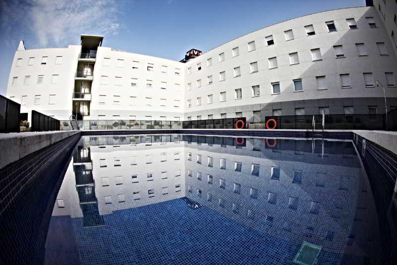 Vertice Apartamentos Sevilla Aljarafe - Bormujos
