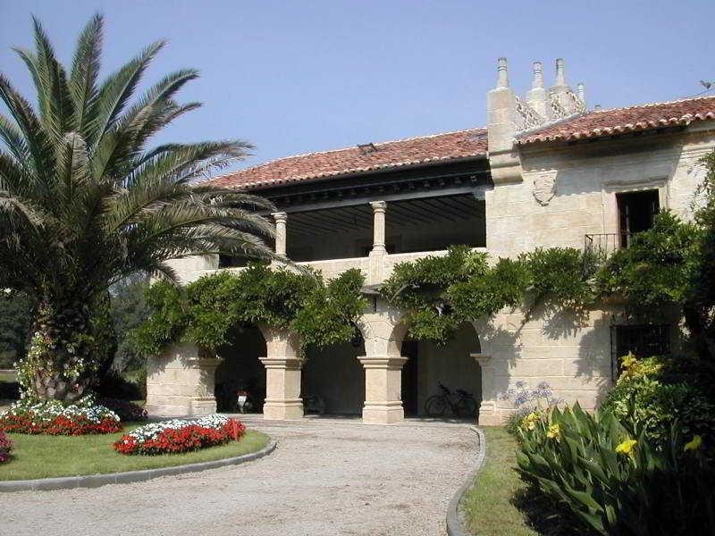 Palacio De Caranceja - Arenas De Iguña