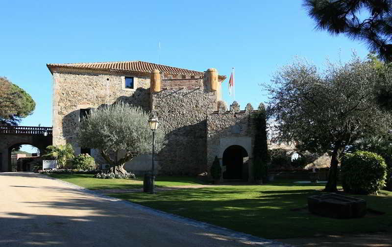 Relais Du Silence Castell De L'oliver - Caldes D'estrach