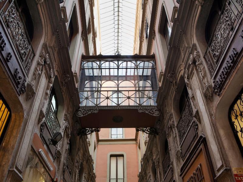 Bacardi Central Suites - Las Ramblas