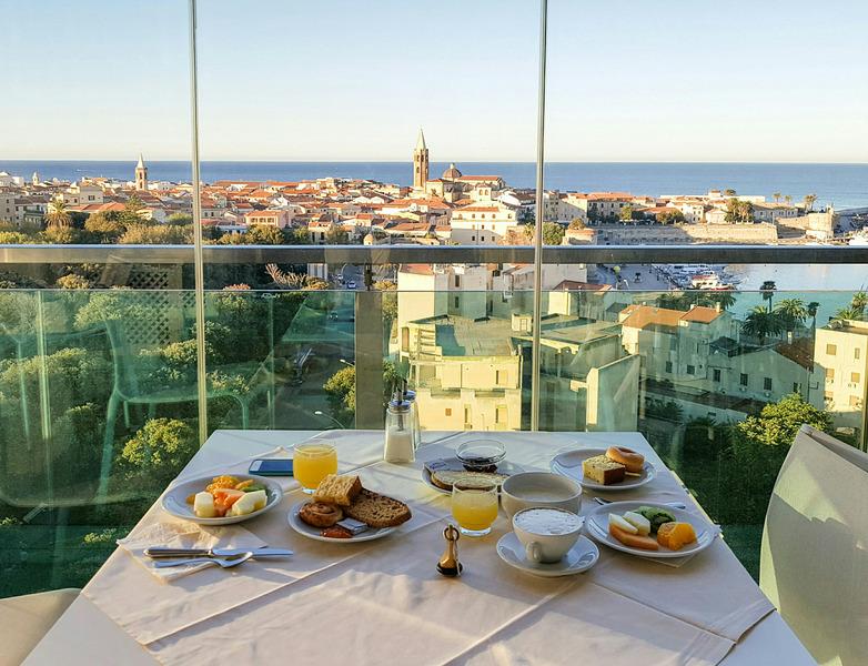 Foto del Hotel Catalunya del viaje mini cerdena costa esmeralda