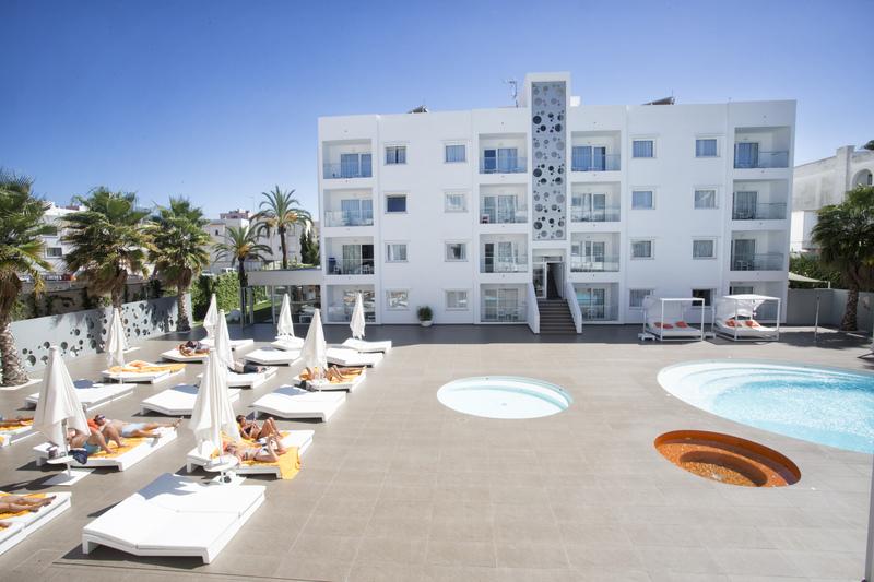 Ibiza Sun Apartments - Playa D'en Bossa