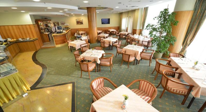 Foto del Hotel Karpos Hotel del viaje albania dubrovnik mas alla