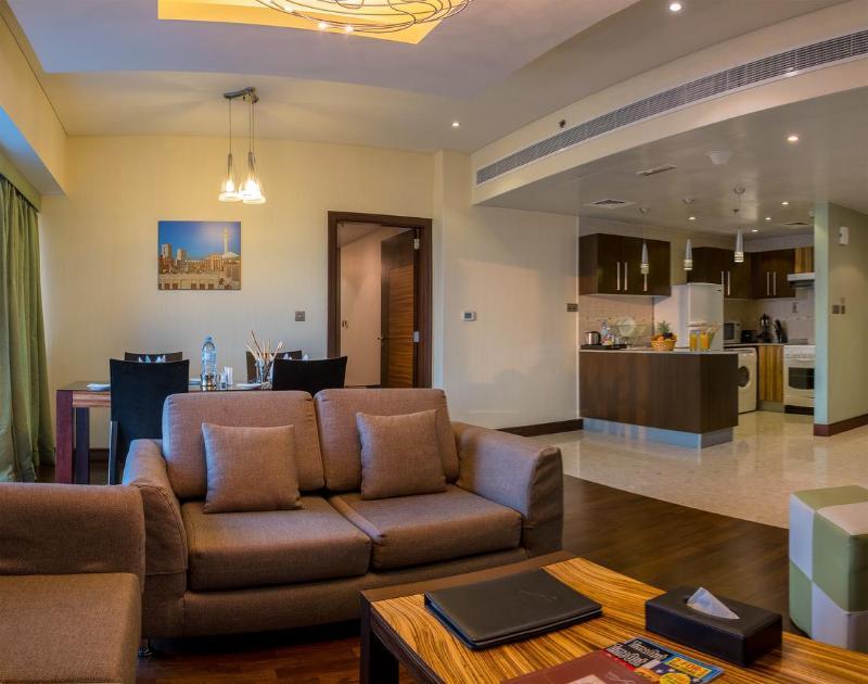 City Première Hotel Apartments