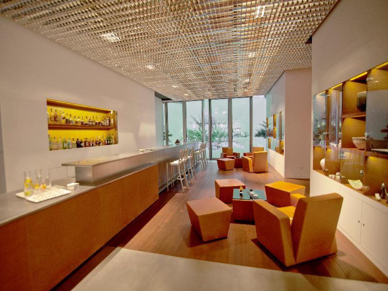 renaissance fira hotel barcelona spain golf holidays. Black Bedroom Furniture Sets. Home Design Ideas