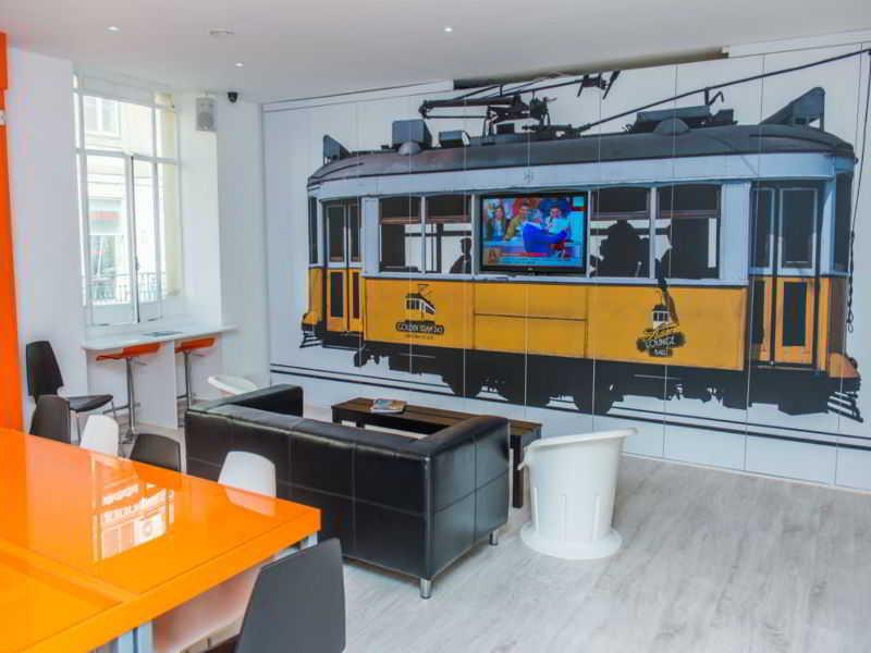 Golden Tram 242 Lisbonne Hostel - Lisboa