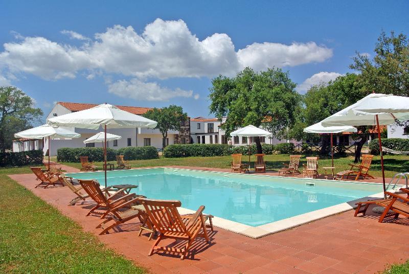 Country Hotel Su Baione