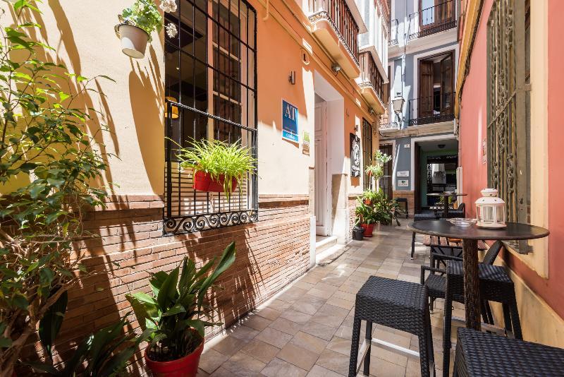 Feel Hostel City Center Malaga - Malaga