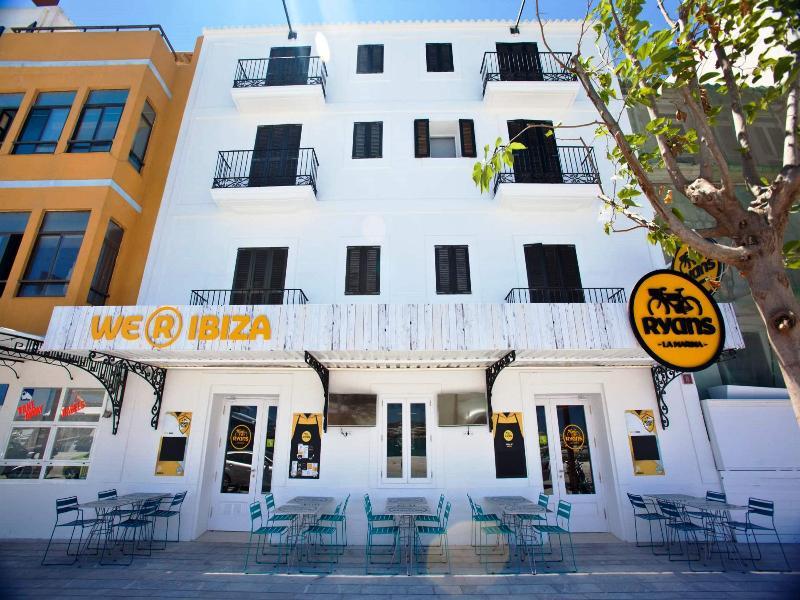 Hotel Ryans La Marina - Ibiza