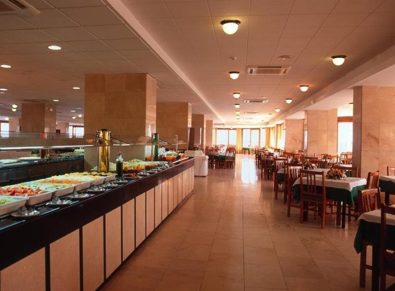 Ok Hotel Bossa - Playa D'en Bossa