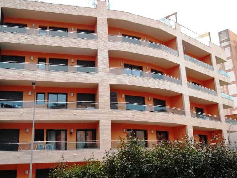 Apartaments Ar Eton - Lloret De Mar