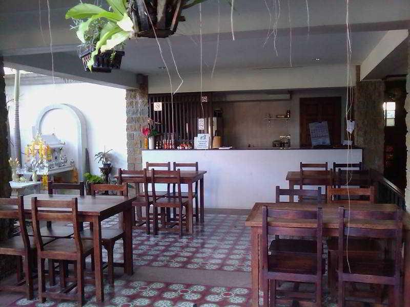 Foto del Hotel The Castle Chiangmai del viaje tailandia mujeres jirafa