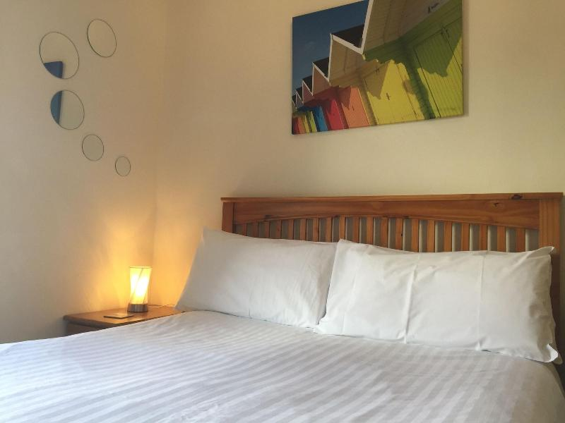 Barbican Reach Bed & Breakfast - B&B