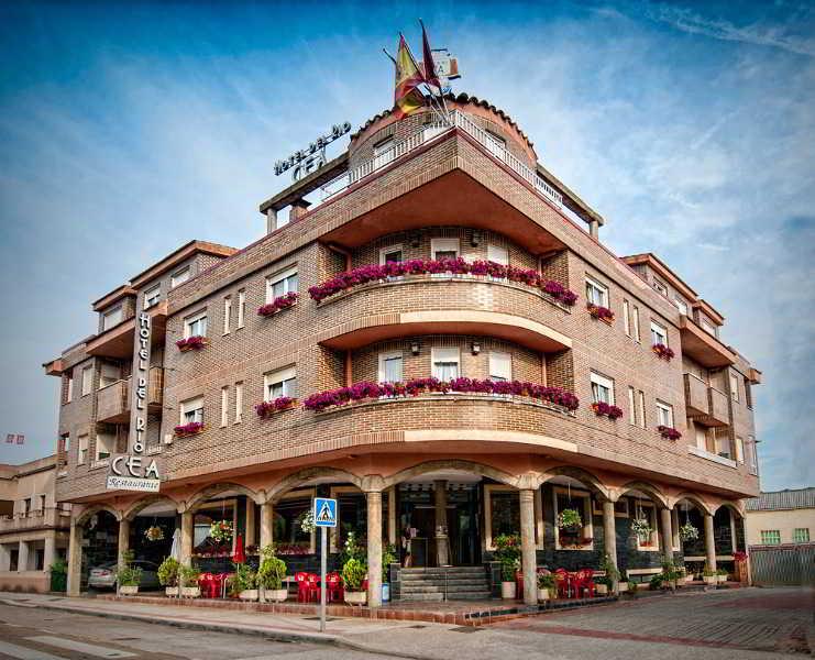 Hotel Rio Cea - Puente Almuhey