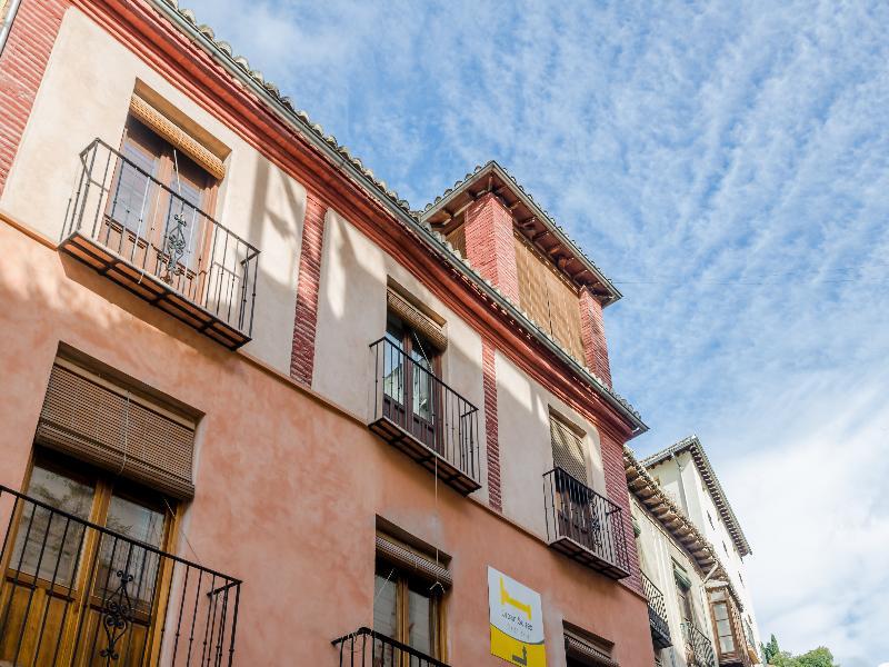 Urban Suites Granada - Granada