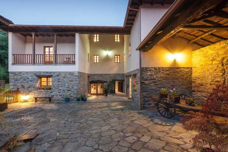 Palacio Rosamar - Cangas De Narcea